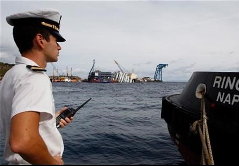 بار دیگر کشتی مهاجران غیرقانونی در آب های ایتالیا واژگون شد