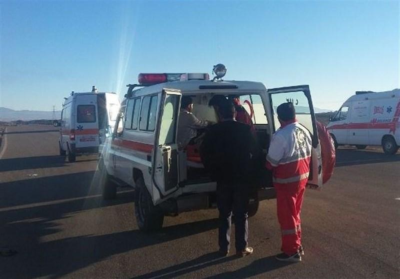 واژگونی اتوبوس در اتوبان کرج قزوین 11 مصدوم به جا گذاشت