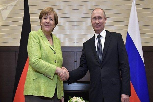 پوتین: برجام باید حفظ گردد، اروپا اینستکس را شروع کند
