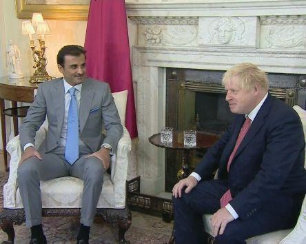 خبرنگاران گفت وگوی کرونایی نخست وزیر انگلیس با امیر قطر
