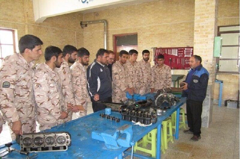 خبرنگاران اجرای طرح سرباز ماهر در اردبیل شروع شد