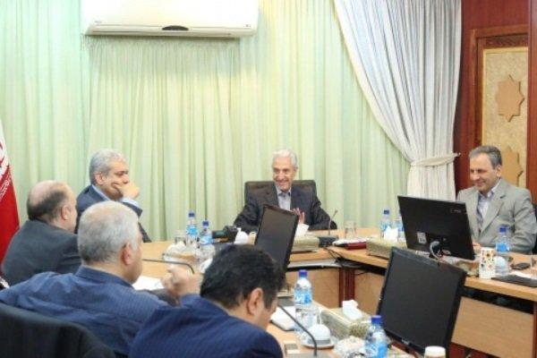 تاکید وزیر علوم بر استفاده از ظرفیت نخبگان داخل و خارج کشور