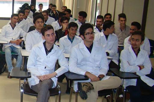 مرحله تکمیل ظرفیت چهل و هفتمین دوره آزمون پذیرش دستیار پزشکی از فردا 11 بهمن ماه شروع می گردد