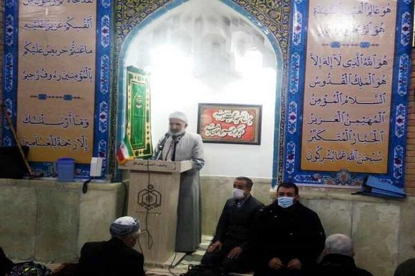خبرنگاران امام آدینه سنندج: وقایع انقلاب برای نسل جوان بازگو گردد