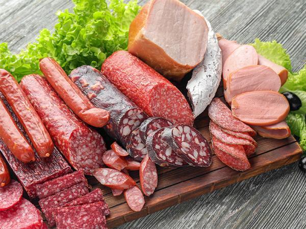آشنایی با انواع گوشت های لذیذ پروسس!