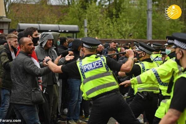 (تصاویر) هجوم هواداران منچستر به ورزشگاه اولدترافورد