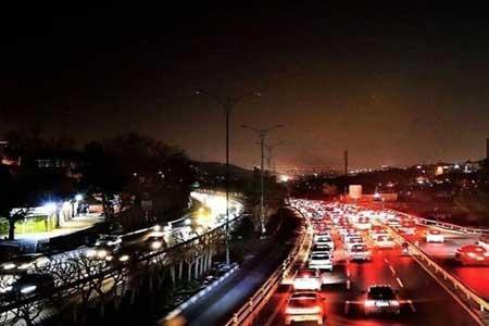 سردرگمی رانندگان و افزایش تصادفات با قطعی برق ، زمان قطعی را به پلیس اطلاع دهید!