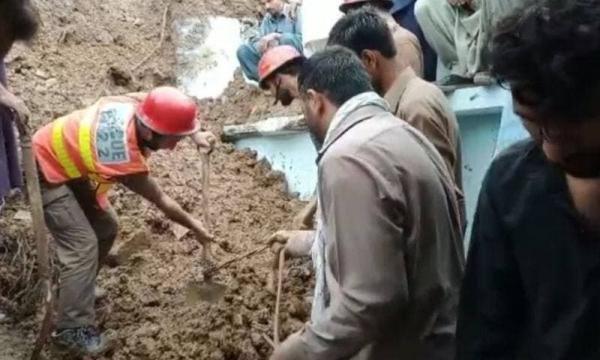 کشته شدن 14 نفر به علت برخورد صاعقه در پاکستان