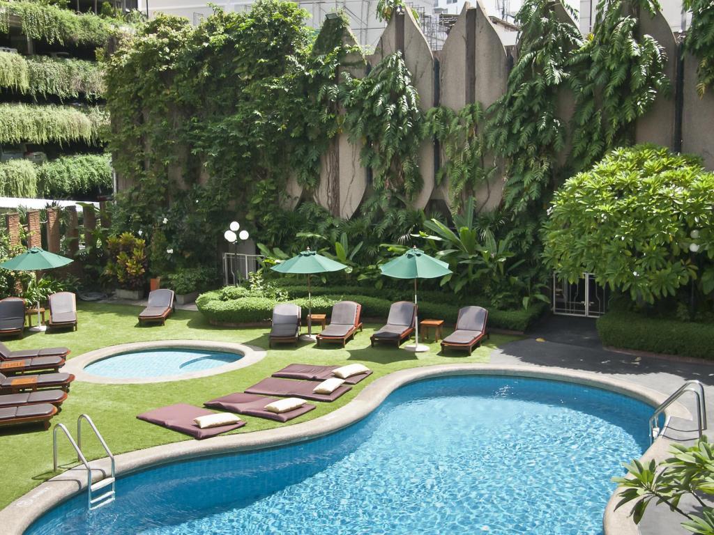 هتل 4 ستاره تاوانا بانکوک